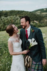 bride groom calla lillies tuscany