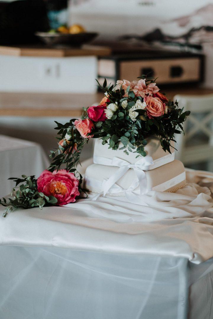 wedding cake club nau wedding reception
