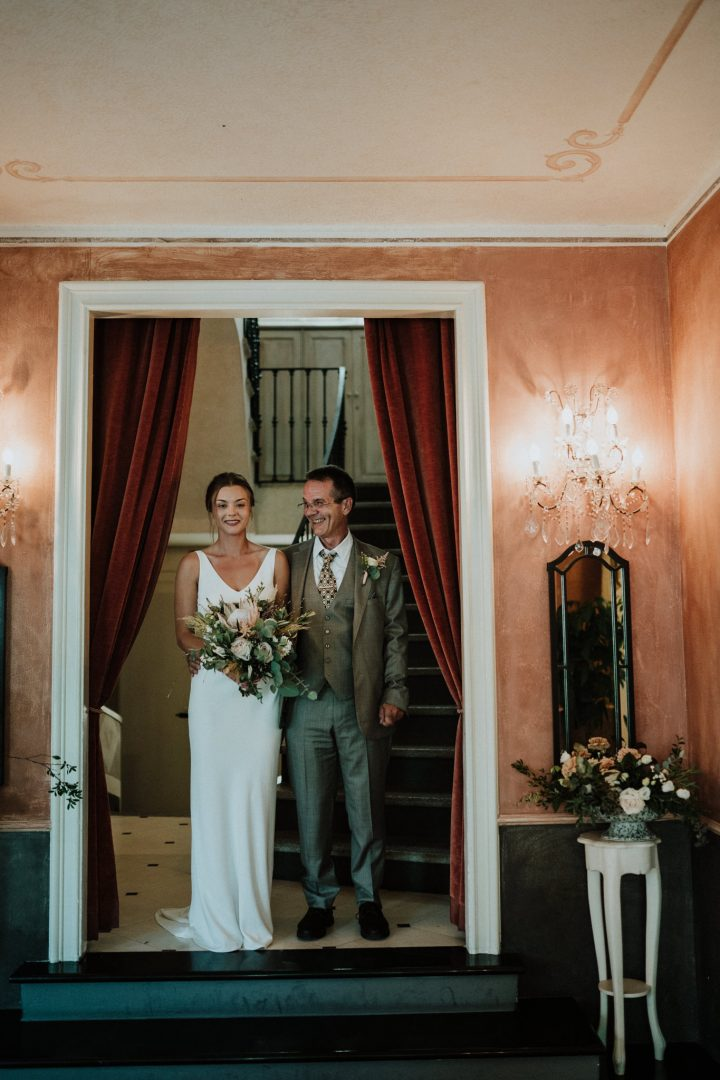 bride and father of the bride relais villa vittoria